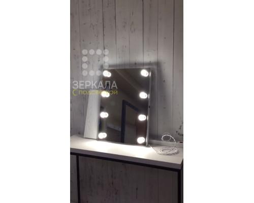Гримерное зеркало без рамы с подсветкой по бокам 80х50 см